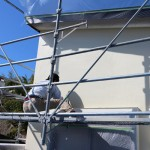 普段は外壁の仕上げは左官屋さんの仕事か塗装屋さんの仕事かとどちらかに決まるのですが、今回は時間短縮もかねているので、結構効率よく仕上げることが出来たと業者さんは言っていました。