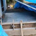 水道工事終了後、増築部分の基礎工事です。 この部分を増やします。