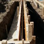建物全体の基礎工事に入ります。