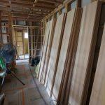 寝室・ウォークインクローゼット・トイレ等の壁材。もみの木を使用