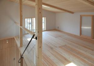 3階部分は子供部屋や収納部屋として使えるように広々とした空間となっています。
