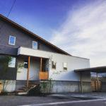 坂之上の家『ガルバリウム鋼板・壁板張り・内装を仕上』